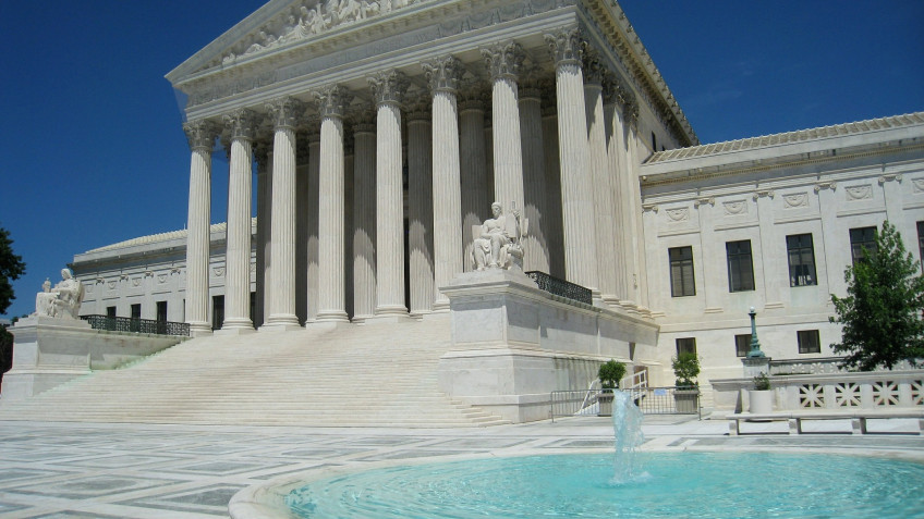 Courthouse Steps Oral Argument Teleforum:  Van Buren v. United States