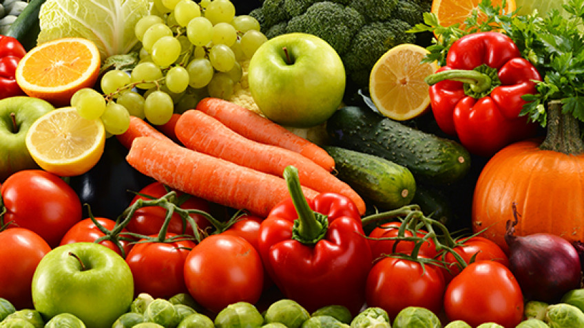 The Federal Government Should Stop Limiting the Sale of Certain Fruits and Vegetables